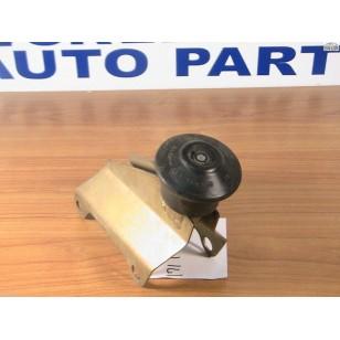 Volkswagen Rabbit Jetta  Center Engine Mount and Rubber 171-199-339 + bracket