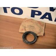 Datsun Nissan Pickup 720 Steering Box Selector Shaft Seal 48137-01G00 1986-1990
